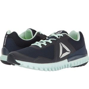 NWOT Reebok Twistform Blaze Women's Running Shoes
